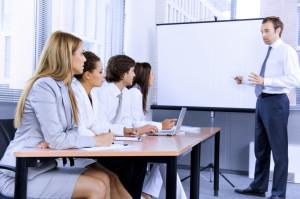 Зачем продавцам необходимо проводить регулярное обучение
